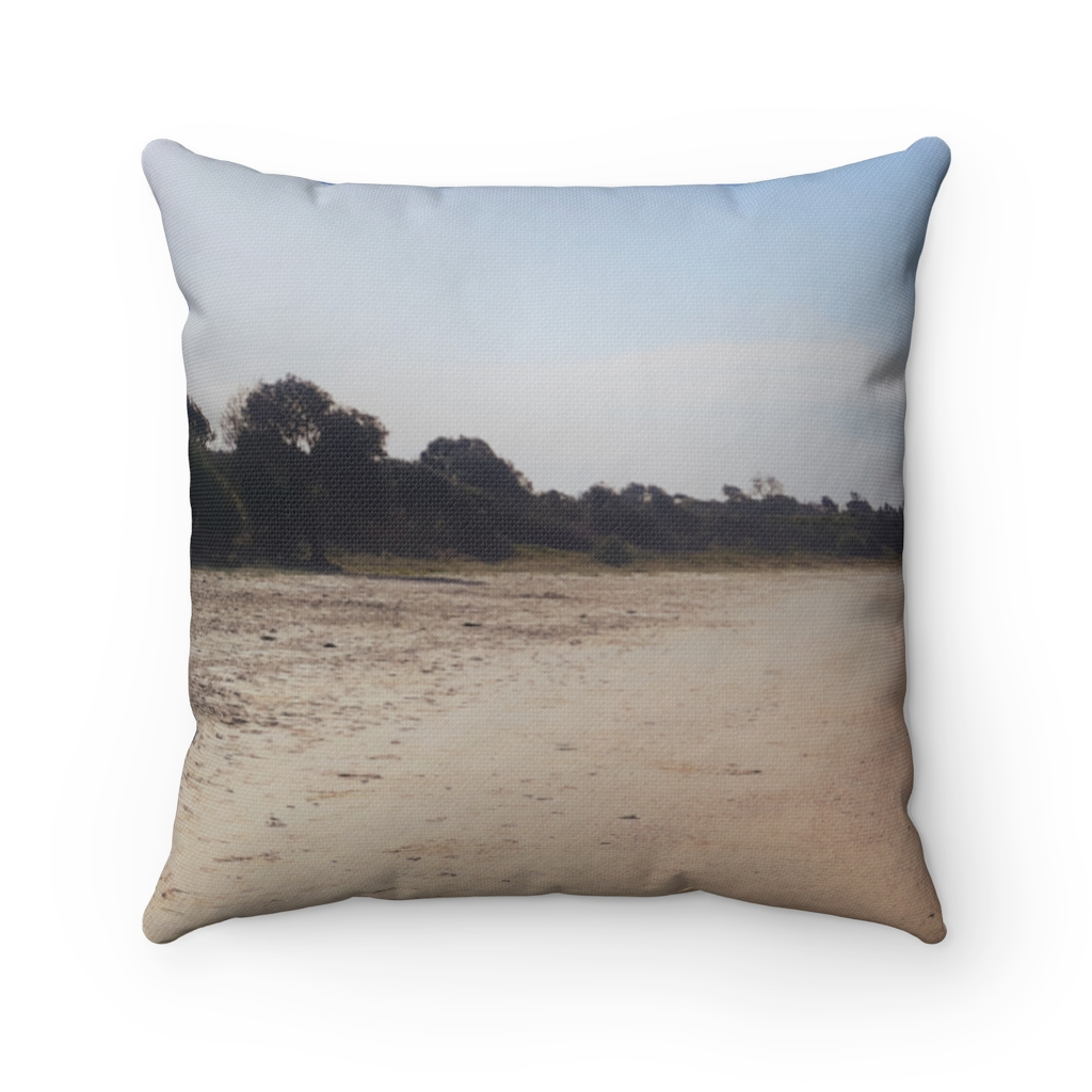 This Iluka Beach Cushion is available to buy from the Beach Scenes online store.
