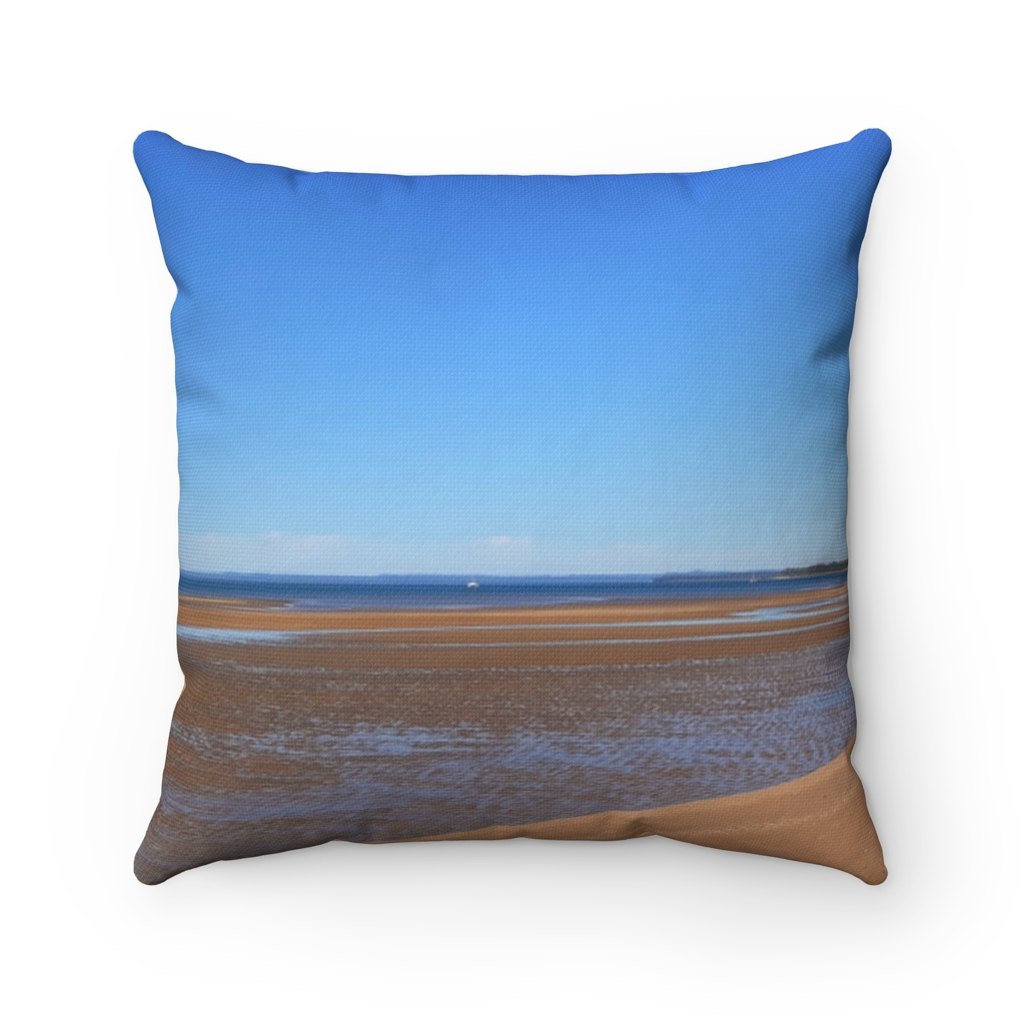 This Byron Bay View Cushion is available to buy from the Beach Scenes online store.