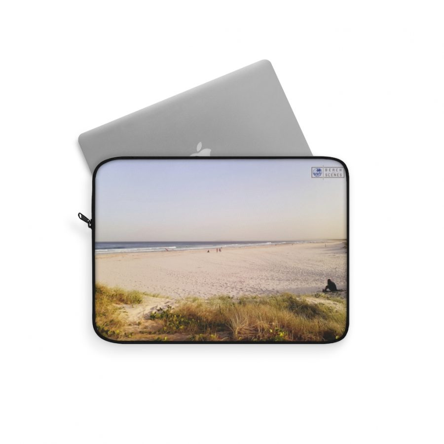 This Brunswick Heads Laptop Sleeve is available to buy from the Beach Scenes online store!
