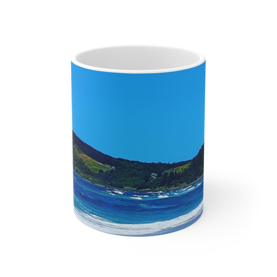 This Lennox Head Ceramic Mug is available to buy from the Beach Scenes online store.