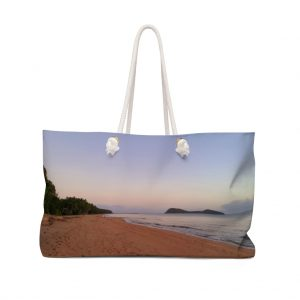 You can buy this Weekender Bag Four Mile Beach at the Beach Scenes online store.